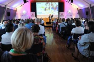 """Diskussion: """" Neustart Schule Bildungsarena """" ; Publikum"""
